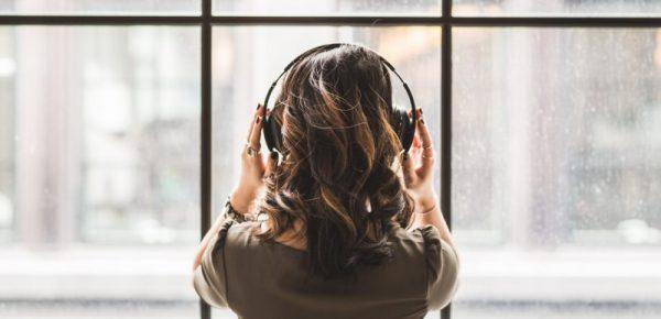 Tips Membeli Headset Bluetooth richoku
